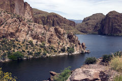 Het Meer van de Sleep van Apache, Arizona, de V.S. Stock Foto's