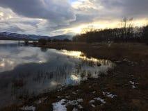 Het meer van de spiegel Royalty-vrije Stock Foto's