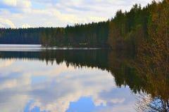 Het meer van de spiegel Stock Foto