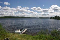 Het meer van de zomer stock foto's
