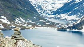 Het meer van Djupvatnet, Noorwegen Stock Afbeelding
