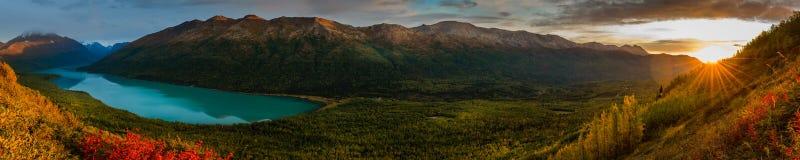 Het meer van Eklutna, Alaska royalty-vrije stock foto's