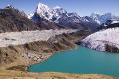 Het Meer van Gokyo in Nepal Stock Foto