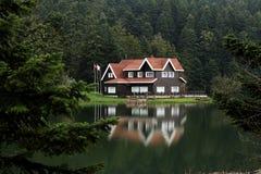 Het meer van Golcuk Stock Foto's