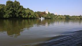 Het meer van Herastrau stock videobeelden