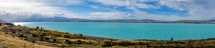 Het Meer van Nieuw Zeeland - Pukaki- royalty-vrije stock afbeelding