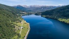 Het meer van Oppheimsvatnet Royalty-vrije Stock Afbeelding
