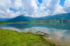 Het meer van Plav stock foto