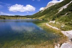 Het meer van Satorsko - in de westelijke gebieden van Bosnia stock foto
