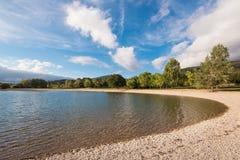 Het meer van Ullibarrigamboa in Alava, Baskisch land, Spanje royalty-vrije stock foto's