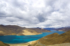 Het meer van Yamdrok Royalty-vrije Stock Foto's
