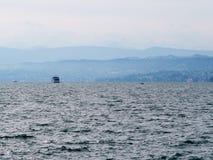 Het meer van Zürich in mist Royalty-vrije Stock Afbeeldingen