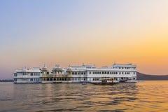 Het meerpaleis, Udaipur Rajasthan stock afbeeldingen