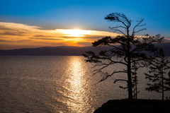 Het meerzonsondergang van Baikal Stock Foto's