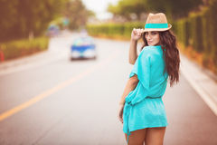 Het meisje in de hoed Royalty-vrije Stock Afbeeldingen