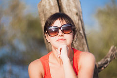 Het meisje in de zon Royalty-vrije Stock Foto's