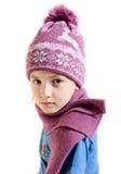 Het meisje in een GLB en een sjaal royalty-vrije stock fotografie