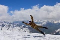 Het meisje in een sprong op bovenkant Royalty-vrije Stock Afbeelding