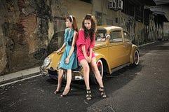 Het meisje en de auto van Hdr Stock Foto's
