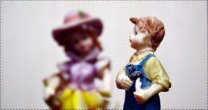 Het meisje en de jongen van het babyspeelgoed Stock Afbeelding