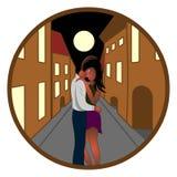 Het meisje en de kerel omhelzen in de nachtstad Royalty-vrije Stock Foto