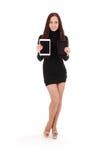 Het meisje houdt twee tabletpc Royalty-vrije Stock Afbeeldingen