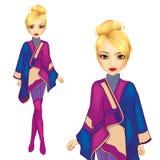 Het meisje kleedde zich in Warme Poncho Royalty-vrije Stock Fotografie