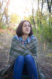 Het meisje met de deken Royalty-vrije Stock Foto