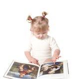 Het meisje met het boek. Royalty-vrije Stock Afbeelding