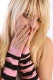 Het meisje neemt een grote verrassing! Stock Fotografie