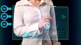 Het meisje selecteert op het virtuele scherm de inschrijving Marketing automatisering Modern marketing concept vector illustratie