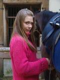 Het meisje trekt cinch Royalty-vrije Stock Fotografie