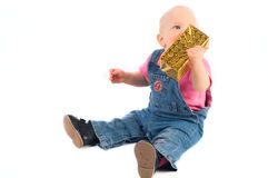 Het meisje van de baby met gift Royalty-vrije Stock Foto