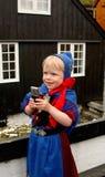 Het meisje van de baby met mobiele telefoon Royalty-vrije Stock Afbeeldingen