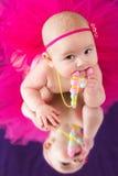Het meisje van de baby met parels Stock Foto's