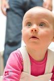 Het meisje van de baby met wacht Stock Foto