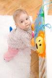 Het meisje van de baby thuis Stock Fotografie