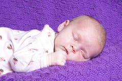 Het Meisje van de Baby van de slaap Stock Fotografie