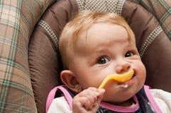 Het Meisje van de Baby van Yougurt Stock Afbeeldingen