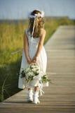 Het Meisje van de bloem op Promenade Royalty-vrije Stock Afbeeldingen