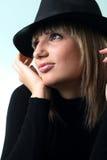 Het meisje van de blonde in hoed Stock Foto's