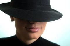 Het meisje van de blonde in hoed Royalty-vrije Stock Foto's