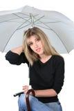 Het meisje van de blonde met een paraplu Royalty-vrije Stock Afbeelding