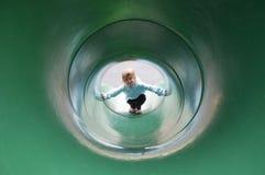 Het Meisje van de Dia van de tunnel Royalty-vrije Stock Foto