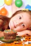 Het meisje van de droom in haar verjaardag Stock Fotografie