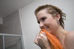 Het meisje van de handdoek Stock Foto's