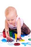 Het meisje van de peuter het schilderen Royalty-vrije Stock Afbeeldingen