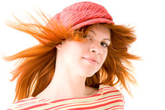 Het meisje van de roodharige in gestreepte hoed Stock Fotografie