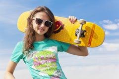 Het meisje van de schaatser stock fotografie