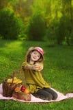Het meisje van de schoonheid met juce Royalty-vrije Stock Afbeeldingen